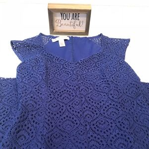 Beautiful and Elegant Blue laced Dress size 2p